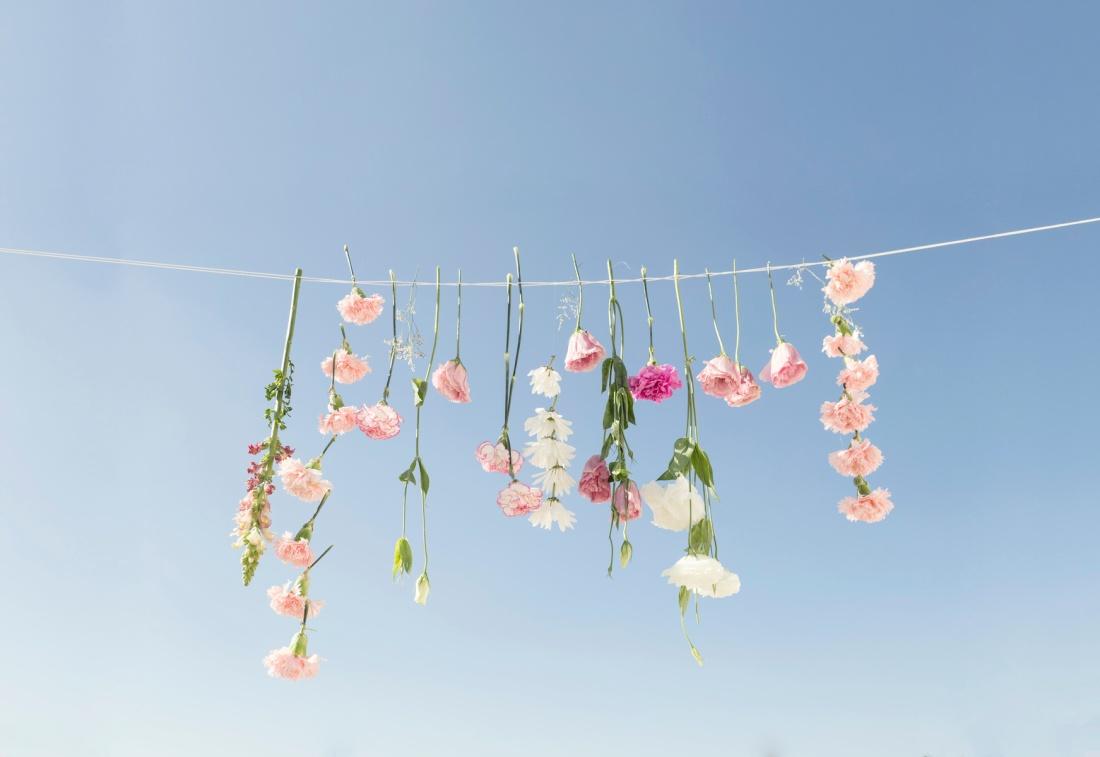maria_marie_hanging_flowers_yyajr4